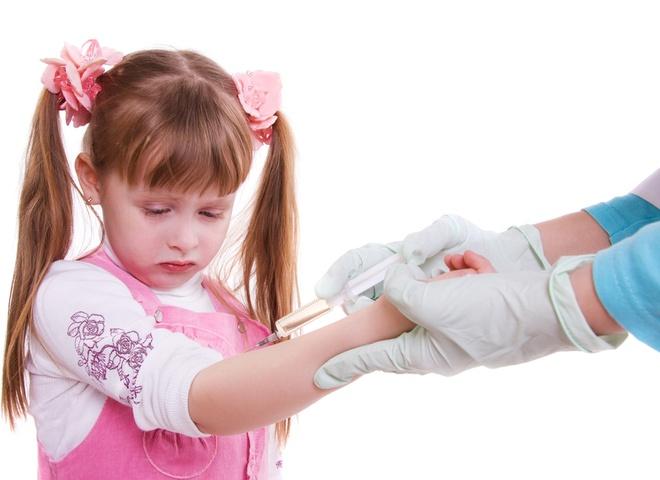После манту через сколько можно делать прививку акдс после
